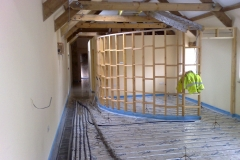 Setting Levels for Liquid Screed